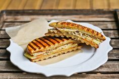 Almond Flour Sandwich Rounds as Panini #ComfyBelly