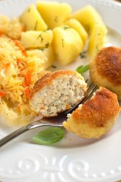Kotlety rybne Polish Recipes, Polish Food, Seafood Dishes, Baked Potato, Food And Drink, Breakfast, Ethnic Recipes, Cooking Ideas, Projects