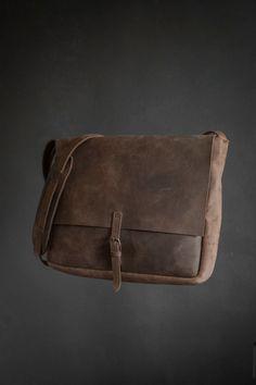 Leather messenger bag Leather Shoulder Bag Postal by PARTEMshop