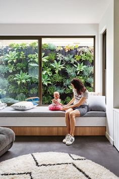 A contemporary house in Geelong that was built in just five months - Zimmereinrichtung Garden Storage Bench, Wood Storage Bench, Kitchen Storage Bench, Outdoor Storage, Seat Storage, Kids Storage, Wall Storage, Living Room Styles, Small Living Rooms