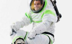 """La NASA presentó Z-1, un prototipo de los trajes que usarán los astronautas a partrir de 2015 y que por su estética recuerda al que usaba el personaje de """"Toy Story"""" Buzz Lightyear"""