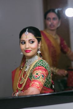 #OMG B'ful #South_Indian Bride. at #Indian_Wedding, in  Pink, Green, Saffron, Diamond & Gold: Kanchipuram Silk #Saree, Temple Jewelry. Braid with fresh Flowers.