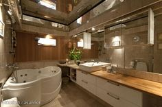 Throw in a couple orchids and it would be the perfect bathroom:)