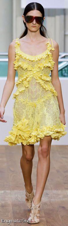 Julien Macdonald Spring Summer 2015 Ready-To-Wear