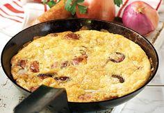 Ομελέτα φούρνου με πατάτες και λουκάνικο από την Αργυρώ Μπαρμπαρίγου | Αυγά, πατάτες και λουκάνικο! Ο συνδυασμός τους απογειώνει το πιάτο!