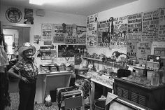 Scott Harrison – Donna Fargo in her office – 1983