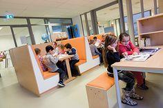 Groepslokalen rondom inspirerende leerpleinen voor kindcentrum Aquamarijn | Heutink.nl