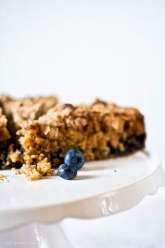 Ein Stück vom Glück zum Cappuccino ♥ Coffee Cake mit Blaubeeren und Mandeln