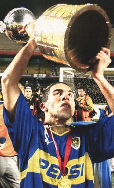 Carlos Tevez - Libertadores The Good Son, Son Love, Girls In Love, Football Icon, World Football, Football Soccer, Good Soccer Players, Football Players, Football Accessories