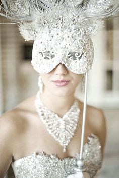 image of Venetian Wedding Bridal Mask ♥ Unique Wedding Accesorizes Masquerade Wedding, Masquerade Ball, Masquerade Theme, Masquerade Costumes, Masquerade Tattoo, White Masquerade Mask, Venetian Wedding, Costume Venitien, Bridal Mask