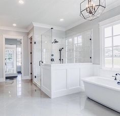 "1,620 Likes, 43 Comments - The Builders of Instagram (@builders.of.insta) on Instagram: ""This master bath is looking real nice! That shower design. Is looking clean @barlowbuilderstn . .…"""