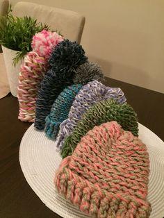 Crochet baby hat Crochet Baby Hats, Crocheting, Winter Hats, Throw Pillows, Crochet, Toss Pillows, Cushions, Decorative Pillows, Decor Pillows