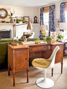 Love the desk behind the sofa!