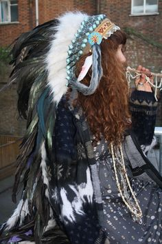 Gorgeous Indian head dress worn by Kira Panfilova