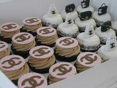 シャネルカップケーキ