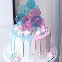amazing cakes pink and blue candy melt cake with sprinkles Pretty Cakes, Cute Cakes, Beautiful Cakes, Amazing Cakes, Crazy Cakes, Fancy Cakes, Bolo Tumblr, Gateau Baby Shower, Cute Birthday Cakes