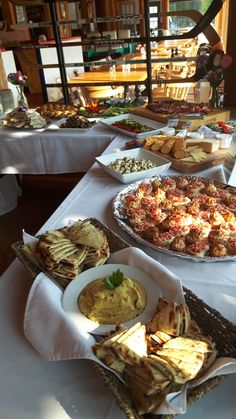 Delicious hors d'oeuvres at Six Foot Bay Resort and Golf Course, Buckhorn, Ontario. Hors D'oeuvres, Country Cooking, Food Preparation, Fine Dining, Farmers Market, Ontario, Cravings, Golf, Meals