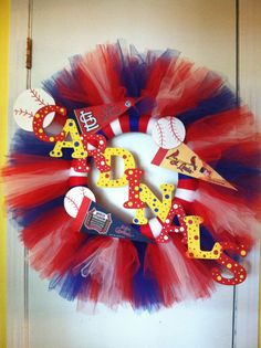 Hey, I found this really awesome Etsy listing at http://www.etsy.com/listing/158749326/st-louis-cardinals-tulle-wreath-handmade