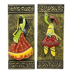 It is painted with a golden palette sprinkled with a blackish shade and inscribed with floral designs. The iron design is representative of Gujarati folk dancers in dandiya dance pose. Clay Wall Art, Mural Wall Art, Clay Art, Wall Hanging Crafts, Diy Wall Decor, Recycled Decor, Cold Porcelain Flowers, Dance Paintings, Clay Crafts