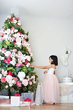 floral-christmas-tree