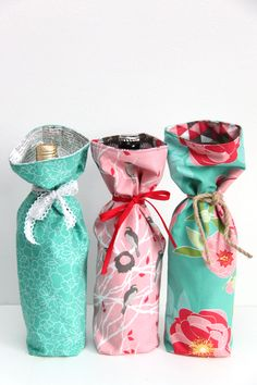 DIY: 10-minute wine bag - could also be repurposed to make a camera lens bag.