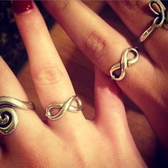 The Infinity Ring is a great friendship ring for these James Avery customers! #JamesAvery
