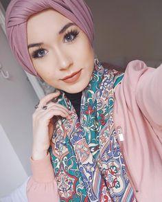 Hijab Hipster, Hijab Dp, Ootd Hijab, Hijab Chic, Hijab Outfit, Muslim Fashion, Modest Fashion, Hijab Fashion, Women's Fashion