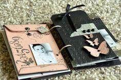 Un mini tout mini ... - Le Scrap de Patmiaou Mini Albums Scrapbook, Scrapbook Journal, Baby Scrapbook, Book Libros, Brag Book, Altered Book Art, Baby Album, Album Book, Note Paper