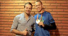 Majster sveta a naše želiezko v ohni na blížiacej sa olympiáde v Riu 2016 - Matej Tóth  Ako sa zmenila jeho strava za posledný rok a ako mu pomohla dosiahnuť najlepšie výsledky v jeho doterajšej kariére?  Viac v jeho rozhovore s Vladom Zlatošom...   http://www.vladozlatos.com/blog/clanky-o-pohybe/nizkosacharidovy-olympionik-matej-toth.html