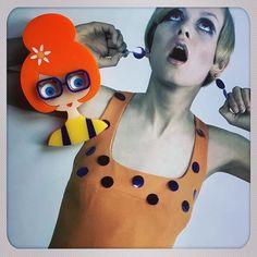 MondayISA brooch is on www.isaduval.com and ETSY#isaduval #isaduval_paris #acrylicbrooch #plasticjewellery #lasercutjewellery #handmade #madeinparis #broochcollection #broochshop #broochdesign #broochcollector #gingerhair #orange #vintagestyle #twiggy #swingingsixties #vintageclothes #gingerhair #vintagefshion #happylife Twiggy Style, Plastic Jewellery, Vintage Outfits, Vintage Fashion, Ginger Hair, Laser Cutting, Brooches, Paris, Orange