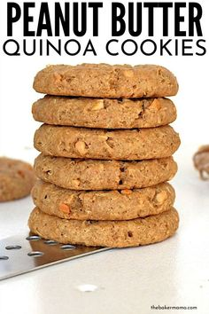 Peanut Butter Quinoa Cookies are the sweet pick-me-up that you are dreaming of. These quinoa cookies are a whole wheat cookie that is loaded with all the nutrients and sweetness you could hope for. Quinoa Desserts, Quinoa Cookies, Healthy Peanut Butter Cookies, Peanut Butter Recipes, Healthy Sweets, Healthy Dessert Recipes, Sweet Quinoa Recipe, Whole Wheat Cookies, Chocolate Belga
