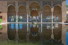 Mi ciudad. My city. Granada. #Alhambra. Andalucía. Andalusia. España. Spain #TiendasOnline #Gourmet #bottleandcan #Granada #Andalucia #Andalusia #España #Spain  www.tienda.bottleandcan.com   +34 958 08 20 69  +34 656 66 22 70