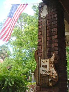 Reclaimed Wood guitar inspired by the Fender Stratocaster Reclaimed Wood Art, Fender Stratocaster, Guitar Art, Ocean Life, Wooden Walls, Wall Sculptures, Wood Watch, Old Houses, Folk Art