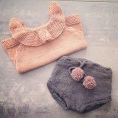 Vigdis Vikeså Drange @mrsdrange Kragetopp fra #pa...Instagram photo | Websta (Webstagram) Baby Knitting Patterns, Knitting For Kids, Crochet Kids Hats, Crochet Baby, Knit Crochet, Handmade Clothes, Diy Clothes, Baby Girl Fashion, Kids Fashion