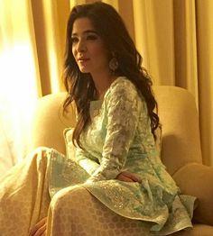 Pakistani outfit by Sania Maskatiya, seen here on actor Ayesha Omer.