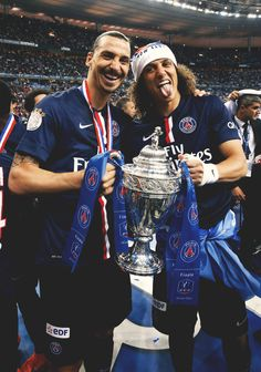 Zlatan Ibrahimovic and David Luiz #CoupedeFrance