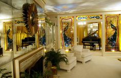 Graceland as soon as you walk in, you're in the formal living room. The piano is turned around, used to face the other way, so Elvis could see who was coming in the front door.. So beautiful..