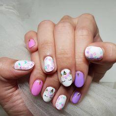"""Polubienia: 26, komentarze: 5 – Shu Yi (@shoekoh) na Instagramie: """"Inspired by all the unicorn cakes I've been seeing lately! #shunailsit #manicure #unicornnails…"""" Unicorn Cakes, Rainbow Unicorn, Polish, Nail Art, Inspired, Nails, Inspiration, Finger Nails, Enamel"""