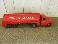 This is a Tonka Tanker truck with trailer. Tonka Trucks, Tonka Toys, Semi Trucks, Antique Metal, Antique Toys, Vintage Trucks, Vintage Toys, Truck Repair, Old School Toys