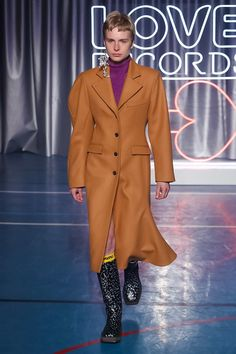 Aalto Fashion Show Ready To Wear Collection Fall Winter 2018 in Paris