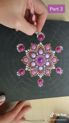 Christina Lee Âû ( on TikTok Mandala Art Lesson, Mandala Artwork, Mandala Drawing, Mandala Painting, Mandala Stencils, Watercolor Mandala, Mandala Design, Mandala Pattern, Stone Art Painting