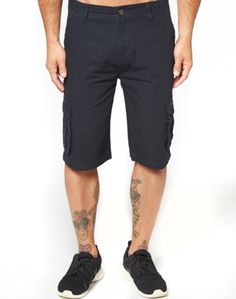 Find your style with our collection of shorts for men – available in a range of designs. New Zealand Houses, Patterned Shorts, Mens Fashion, Fashion Trends, Menswear, Tees, T Shirt, Stuff To Buy, Shopping