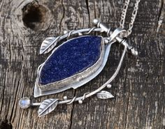Hey, I found this really awesome Etsy listing at https://www.etsy.com/listing/201720939/handmade-sterling-silver-kinetic-leaf
