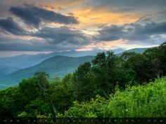 pictures of the blue ridge mountains | Blue Ridge Parkway Sunset