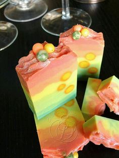 Love the gradient layers and multi-colored soap balls.