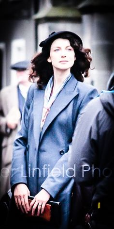 """Building the perfect hero #23. Troublesome - just to put it mildly - heroine. """"Ye foul-tongued bitch! Ye'll no speak to me that way!"""" The very astute decision to inflict an """"unsufferable"""" woman on the Hero brings legions of overprotective readers to his rescue.[Caitriona Balfe as Claire]"""