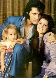 ♡♥Elvis Presley family in 1970 - click on pic to see a full screen pic in a better looking black background♥♡