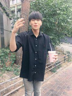 Kim Sang, Kpop, My Boys, Really Cool Stuff, Chef Jackets, Produce 101, Singing, People, Joyful