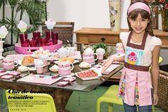 Um chá de bonecas para meninas com muito cupcake! Hum..! | Juju Teteia