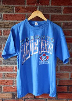 Vintage 90 s Toronto Blue Jays T-Shirt SZ L 629dbba58